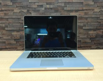 Macbook Pro 15-inch Core 2 Duo 2.66GHz